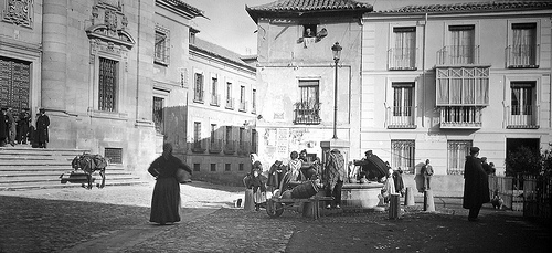 Fotografía de la Plaza Padre Juan de Mariana. Siglo XIX. Por Alexander Lamont Henderson.