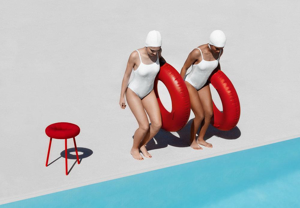 donut stool Diabla 2.jpg
