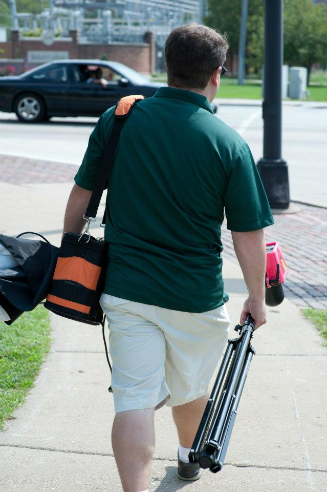 Cheap help : Get your husband and his beefy arms to carry your stuff.