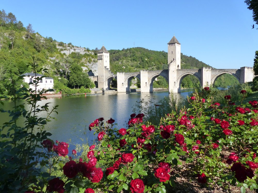 Pont and flowers.jpg