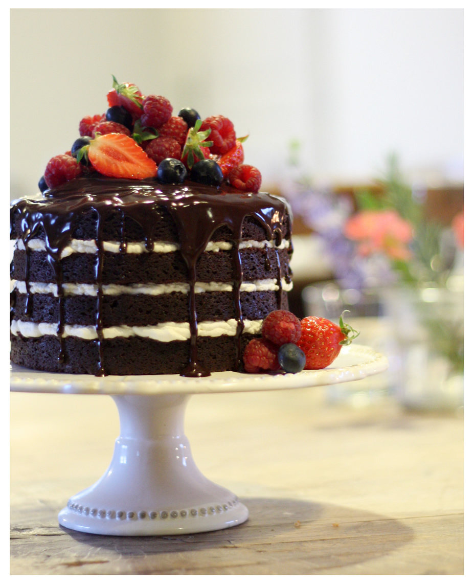cakeborder_small1.jpg