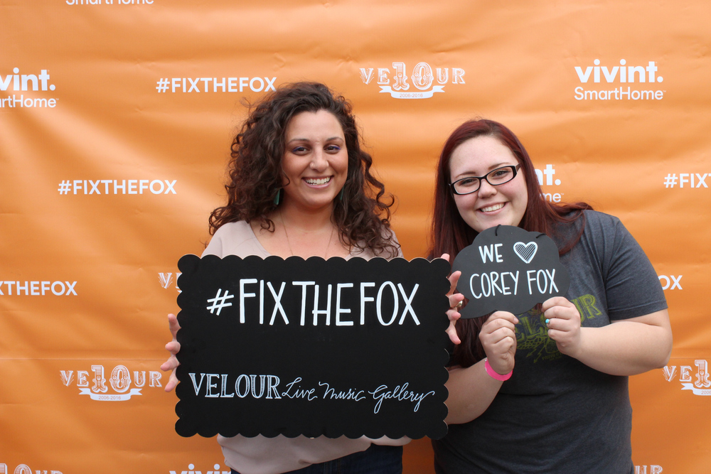 FixTheFox Benefit Concert (with Imagine Dragons & Neon Trees) 4/29/16 →