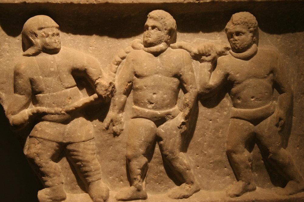 Roman_collared_slaves_-_Ashmolean_Museum.jpg