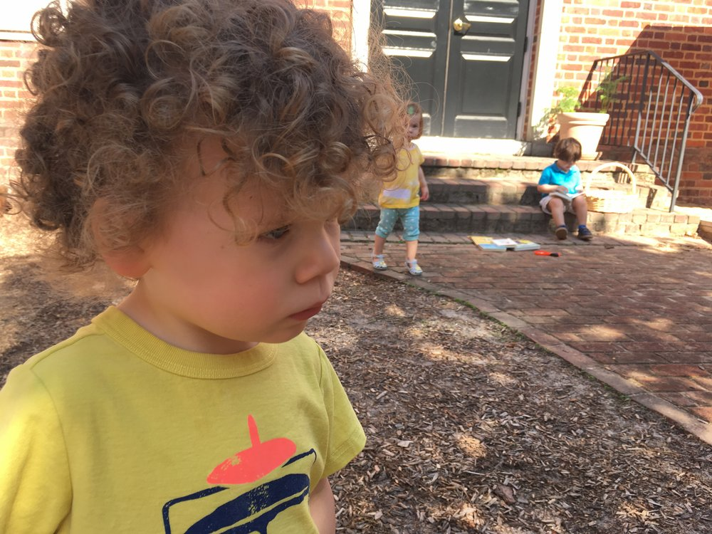 Bennett enjoying this gorgeous day! ☀�