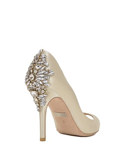 Nilla | Badgley Mischka Wedding Shoes | Plus Size Bridal Salon | All My Heart Bridal