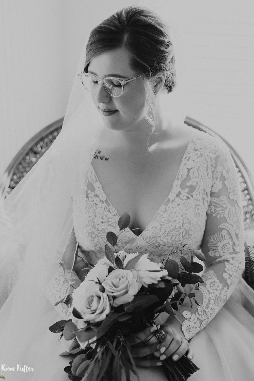 Plus Size Bridal Portrait | Rian Fuller Photography