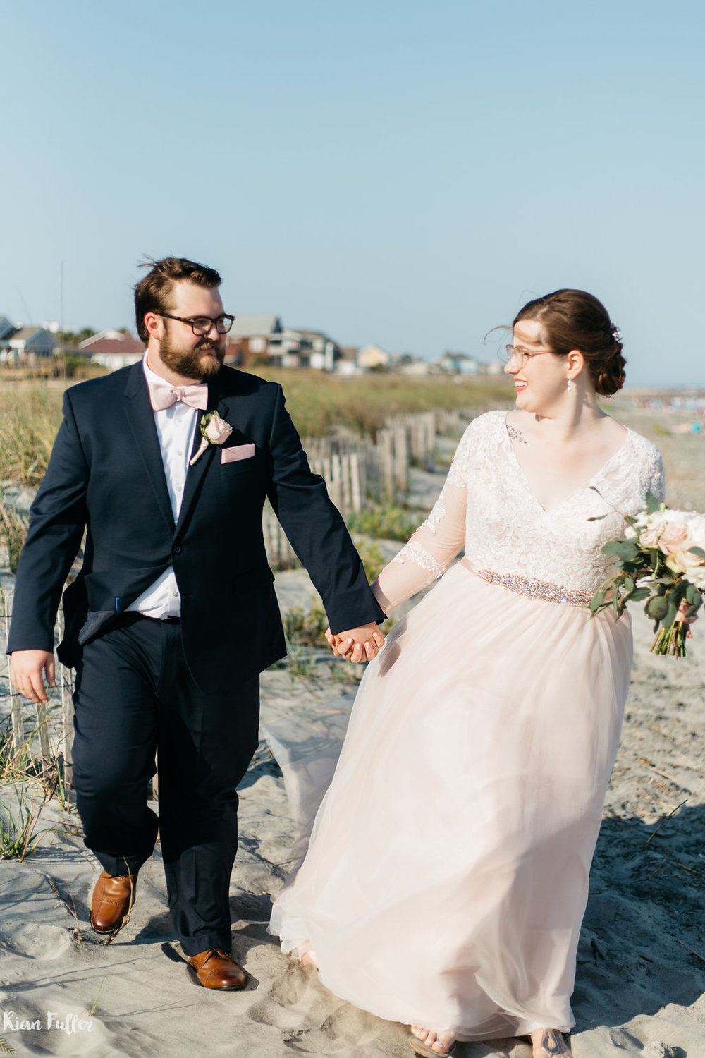 Plus Size Bride & Groom Portrait | Rian Fuller Photography