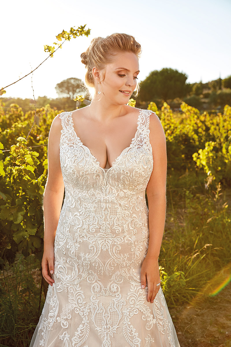 UR108 | Eddy K Bridal | Plus Size Wedding Dress