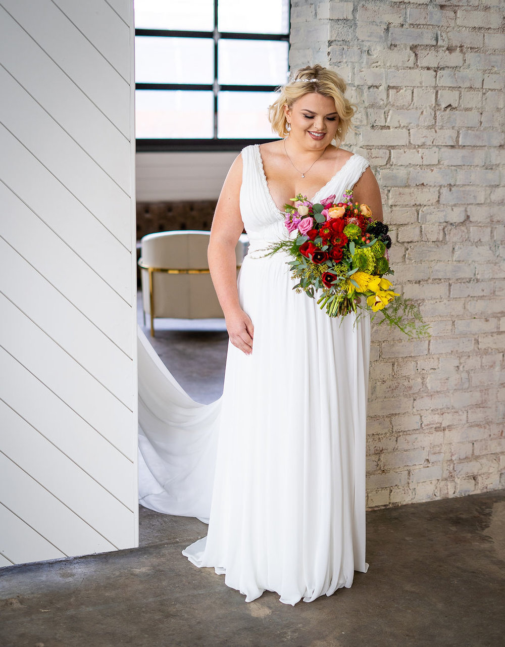 Plus Size Bride | Eddy K | Summerside Photography