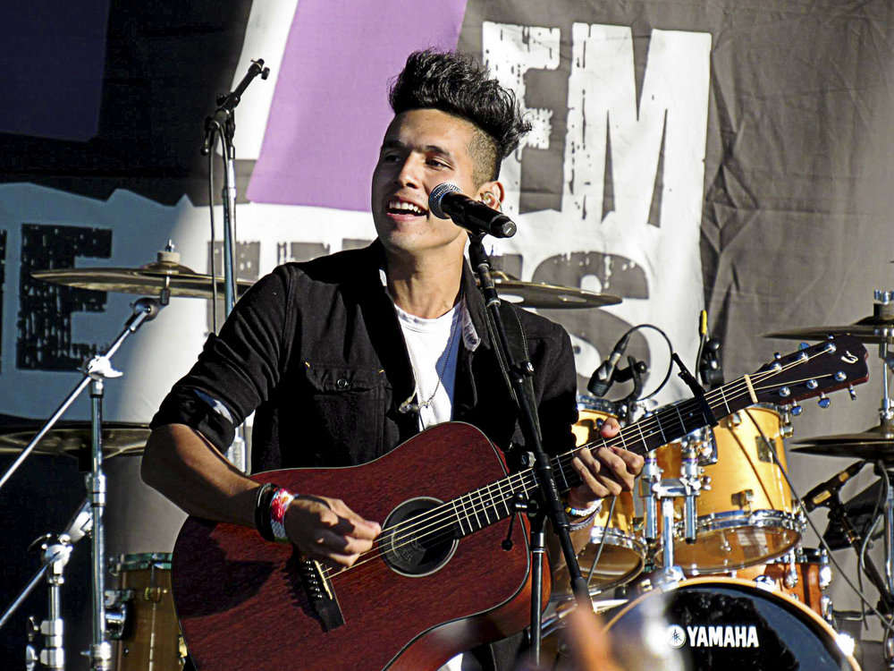 Ismael Cano Jr. of Los 5