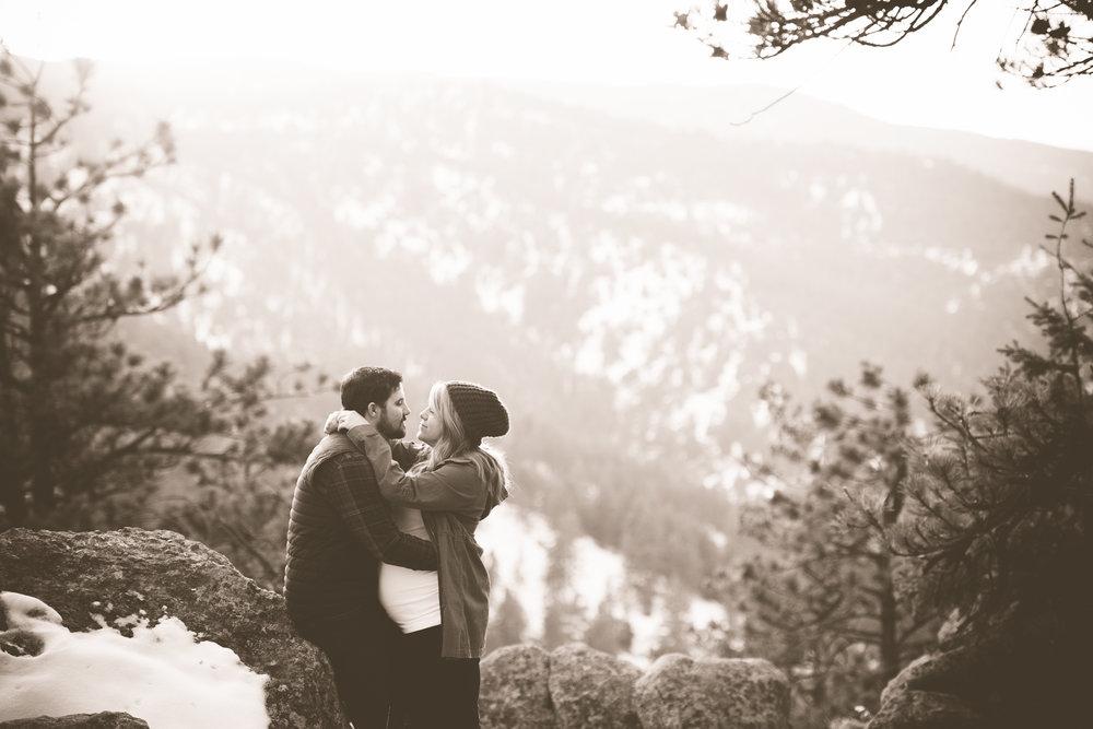 ck-Mountaintop-Boulder-Maternity-0014.jpg