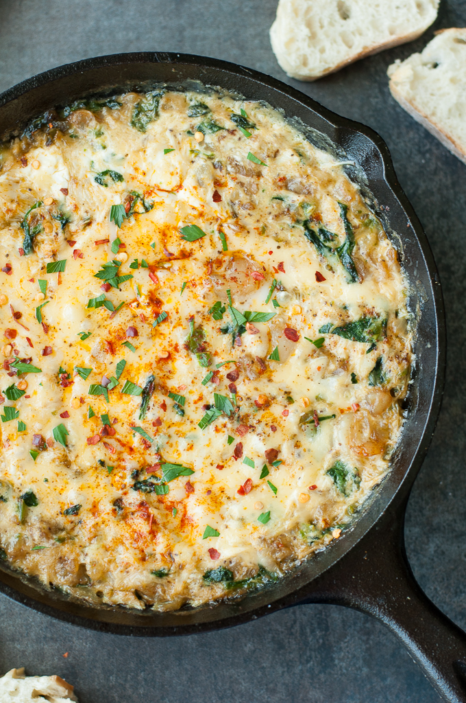 BAKED SEAFOOD DIP WITH CRAB, SHRIMP, AND VEGGIES!