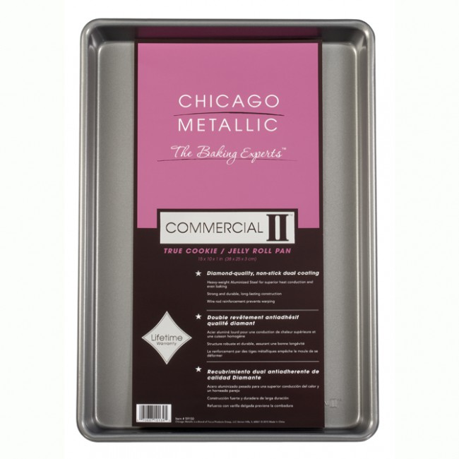 Chicago Metallic: Non-Stick True Jelly Roll Pan