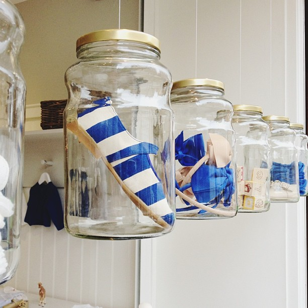 ( Can also showcase items within these jars! )