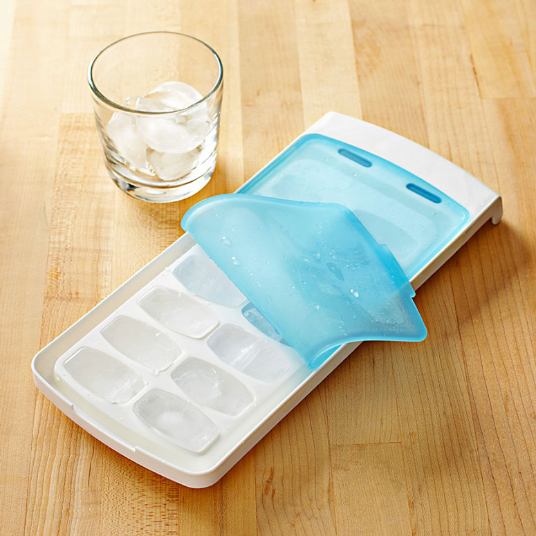 OXO: No-Spill Ice Cube Tray
