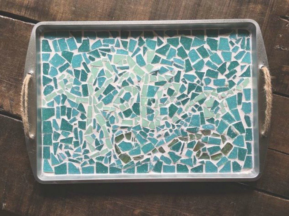 s-don-t-throw-out-that-old-cookie-sheet-before-you-see-these-ideas-repurposing-upcycling.jpg