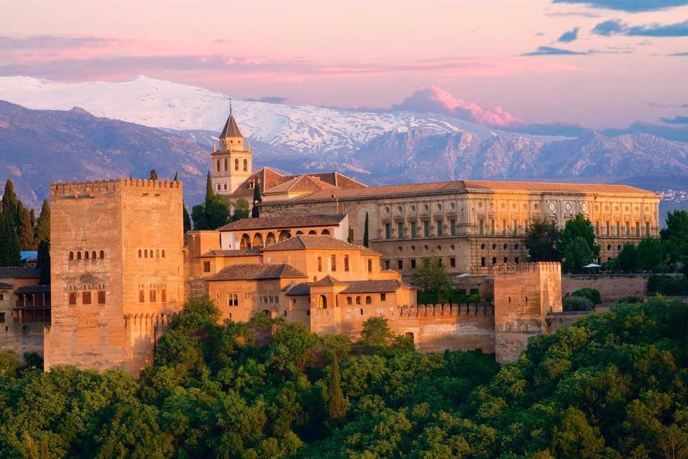 La Alhambra y el alhambrismo. An�lisis musical de Francisco T�rrega.