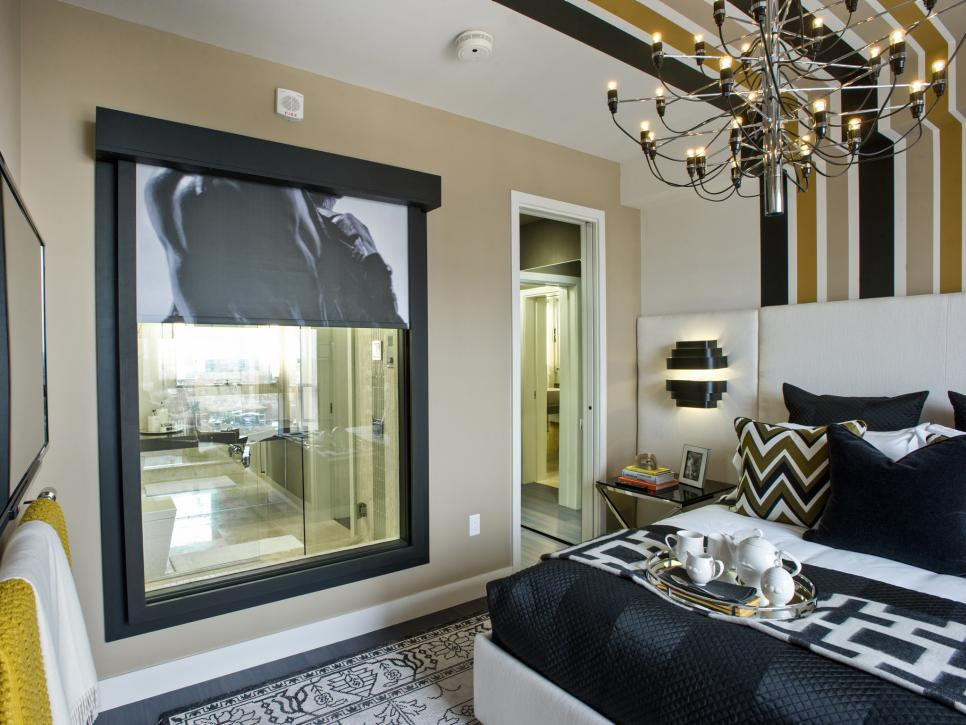 UO2013_master-bedroom-11-EPP2495-bath-shade-up_h.jpg.rend.hgtvcom.966.725.jpeg