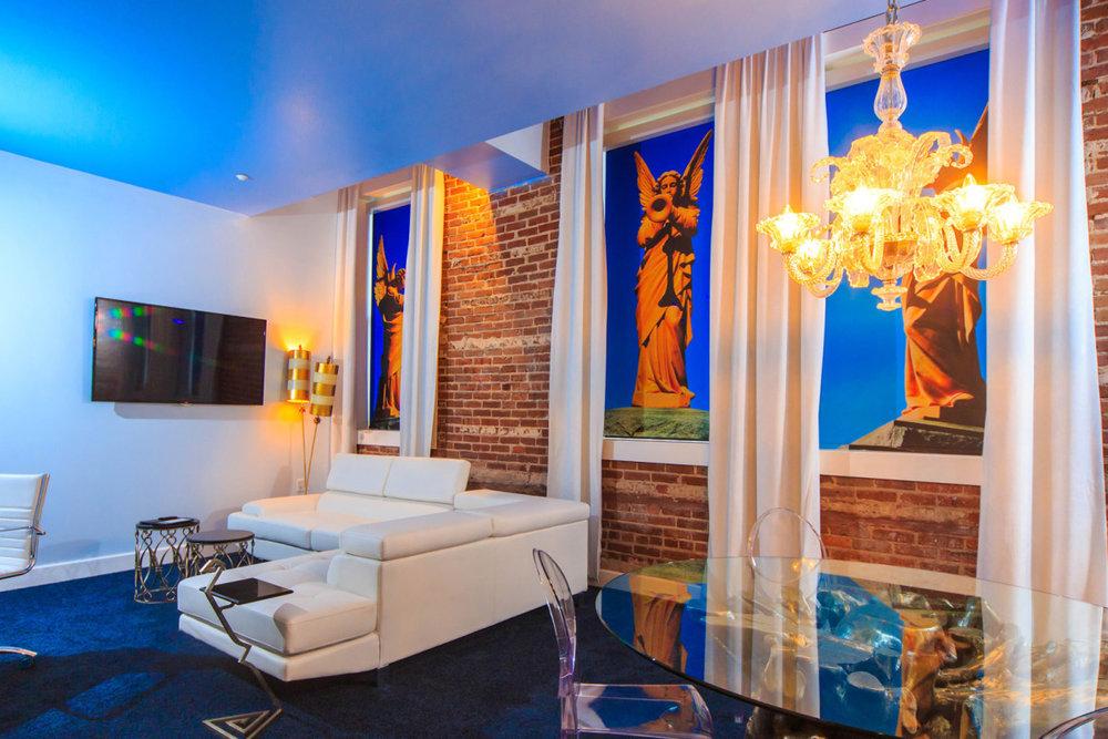 saint-hotel-printed-hospitality-window-shades-9.jpg