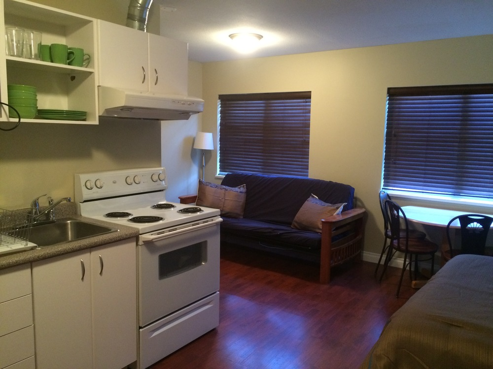 kitchenette suite facing windows.JPG