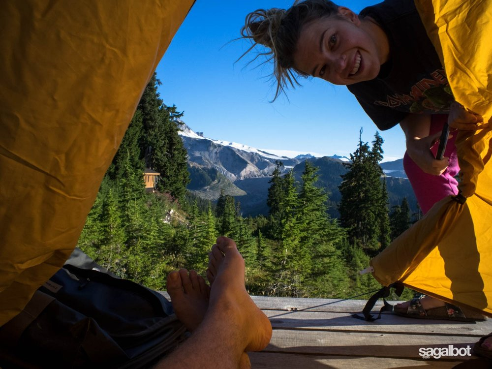 Room with a view! Sagalbot on Elfin Lakes. (image source: sagalbot.com)