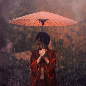 by Reylia Slaby (courtesy of Dark Beauty Magazine)