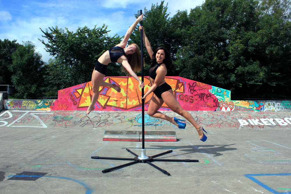 kirsten-and-heather-on-the-pole