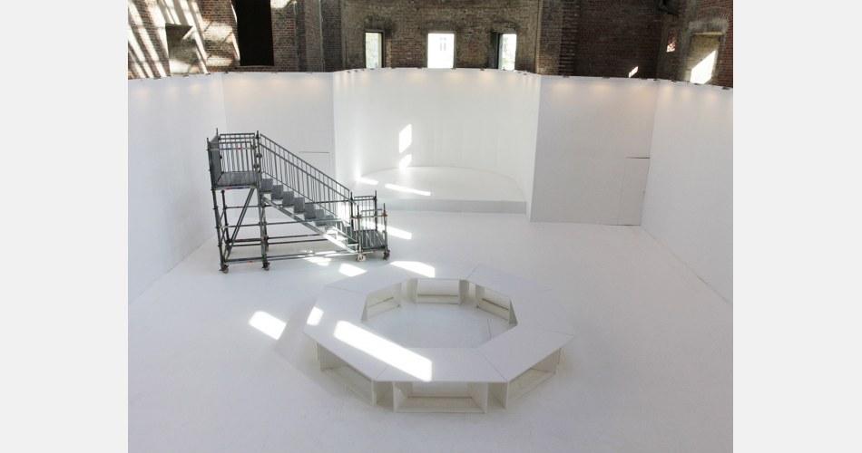 pawel-althamer-draftsmens-congress-2012-berlin-biennale-before.jpg