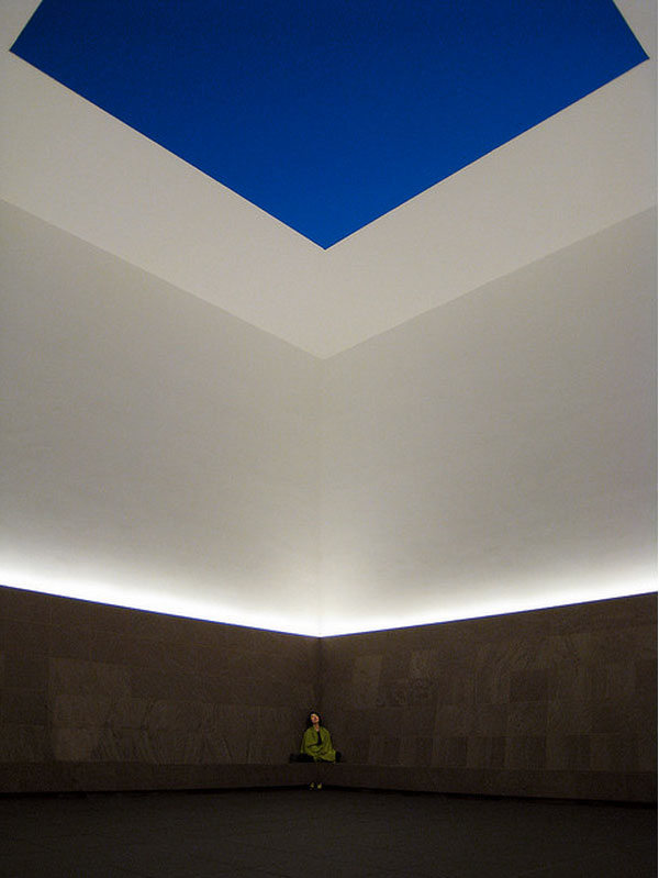 james-turrell-installation-at-chichu-art-museum-in-naoshima.jpg