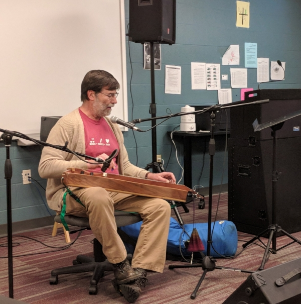 Stephen K Smith on dulcimer