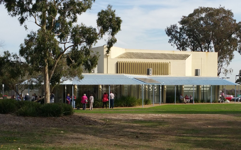 Mount Eliza Community Centre.JPG