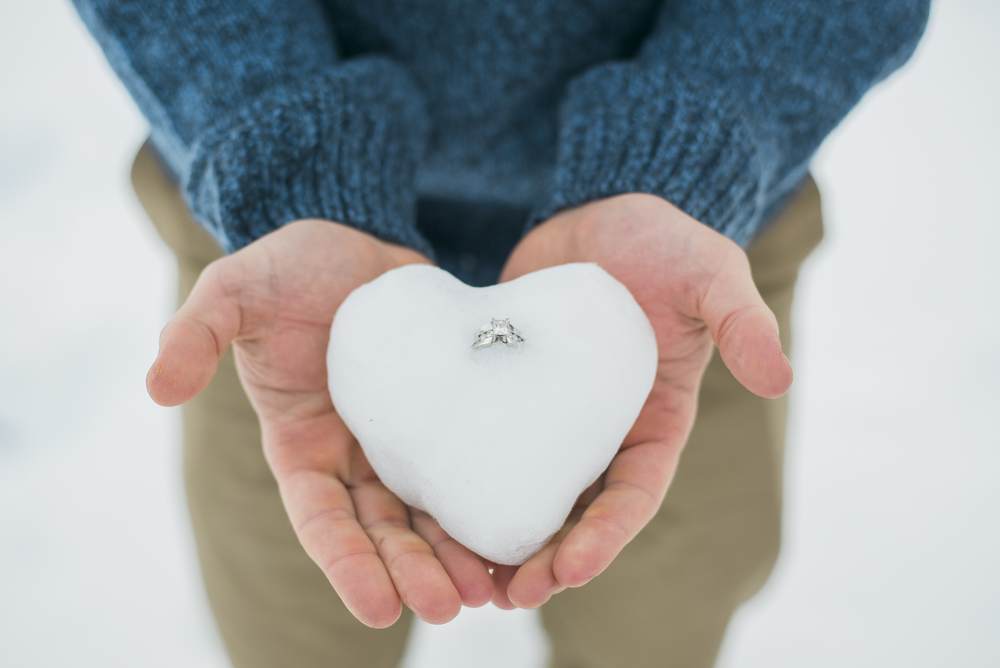 engagement-ring-snow-heart