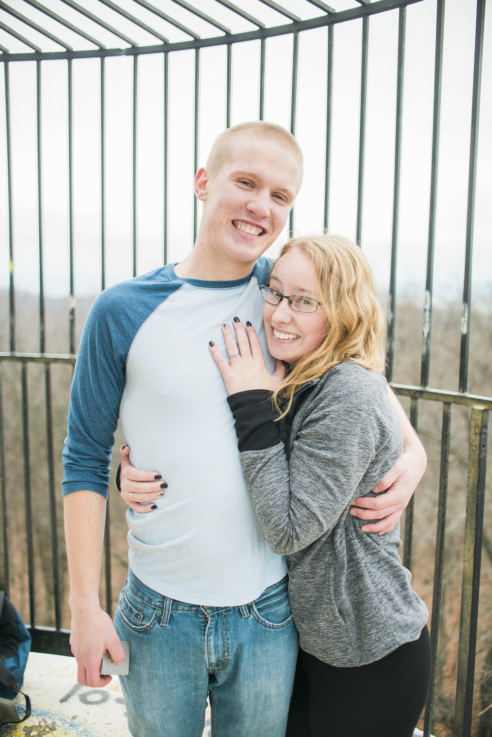 newly-engaged-couple