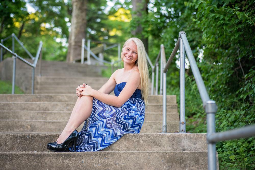 senior-girl-sitting-stairs