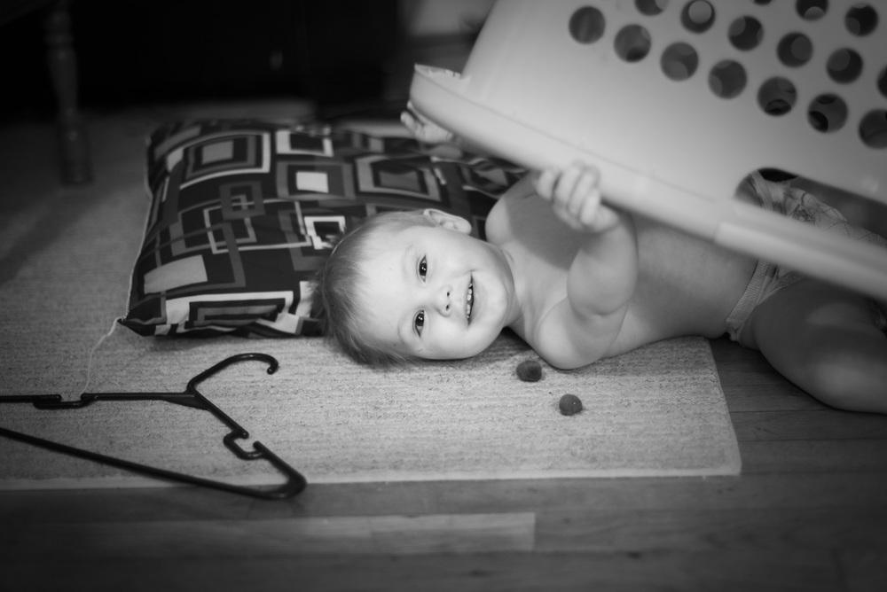 smile-baby-in-basket