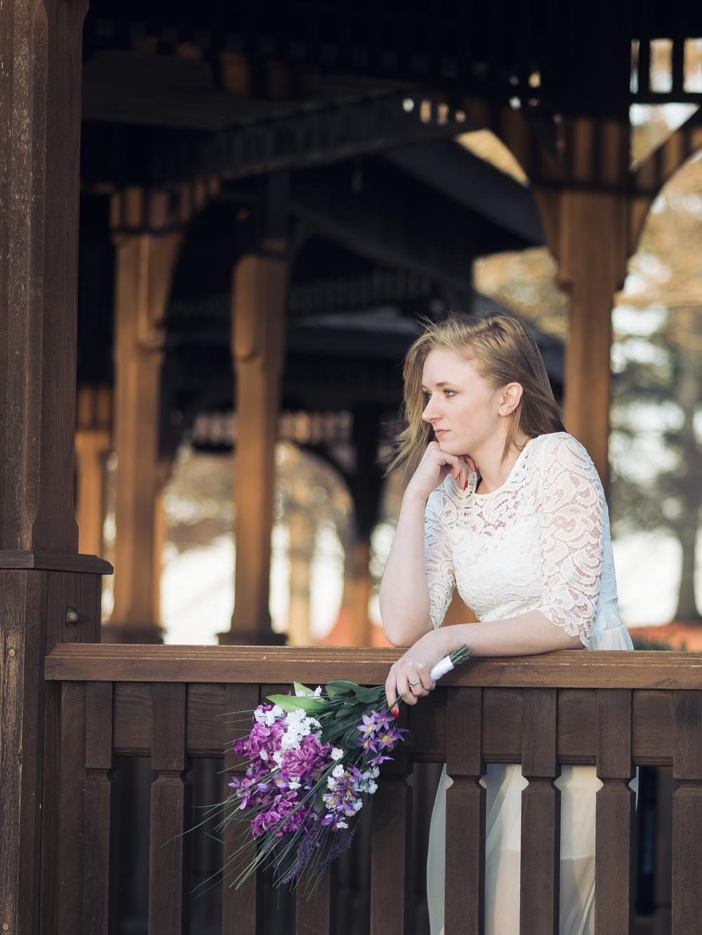 bride-looking-away