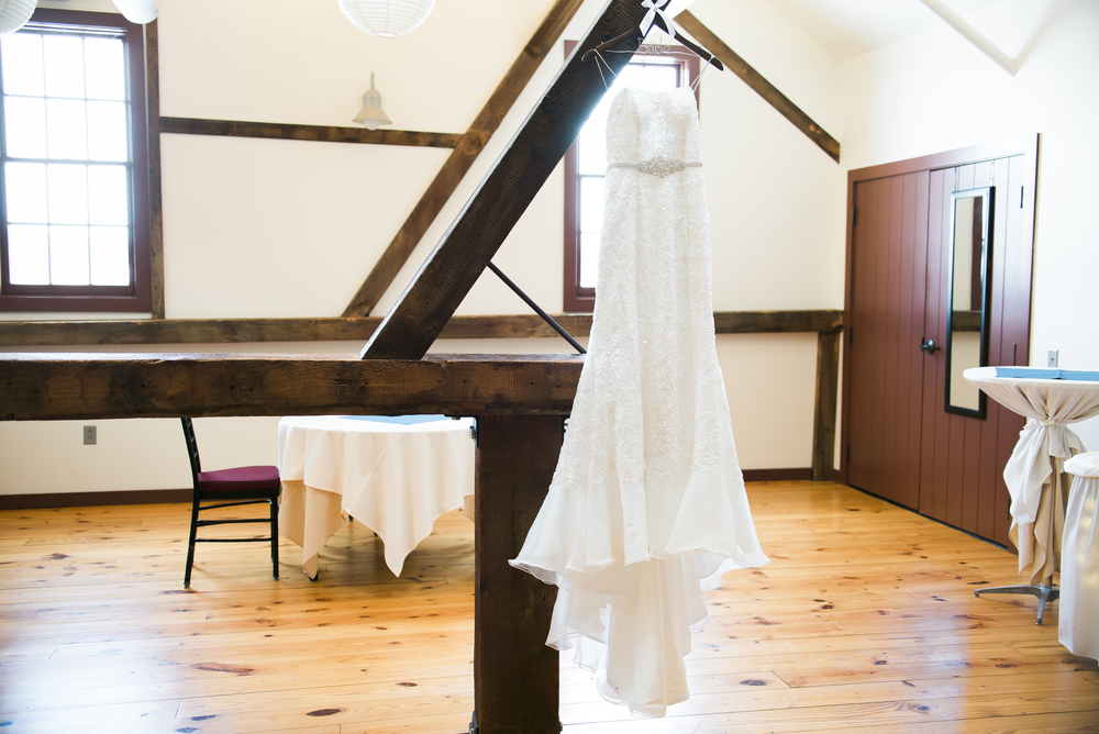 bride-dress-hanging