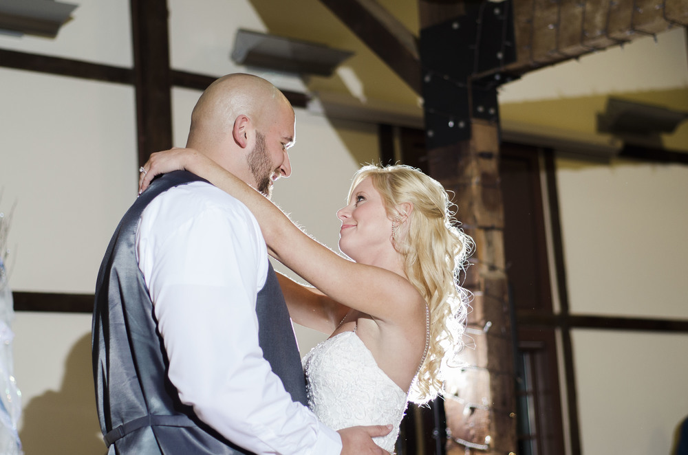 first-dance-between-bride-and-groom