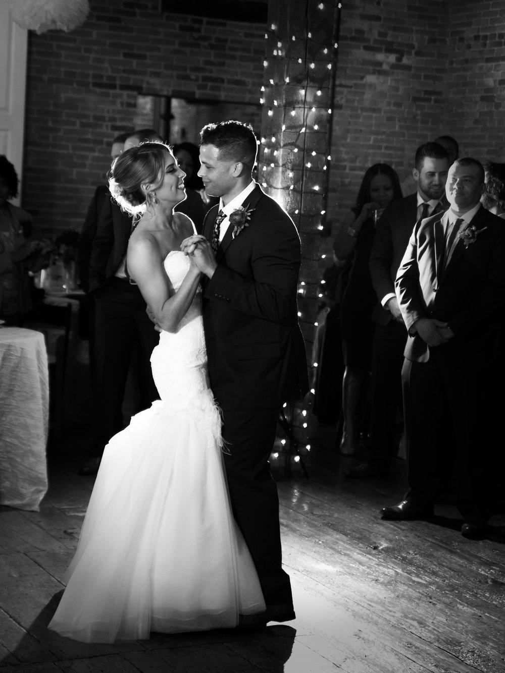 bride-groom-wedding-photographer