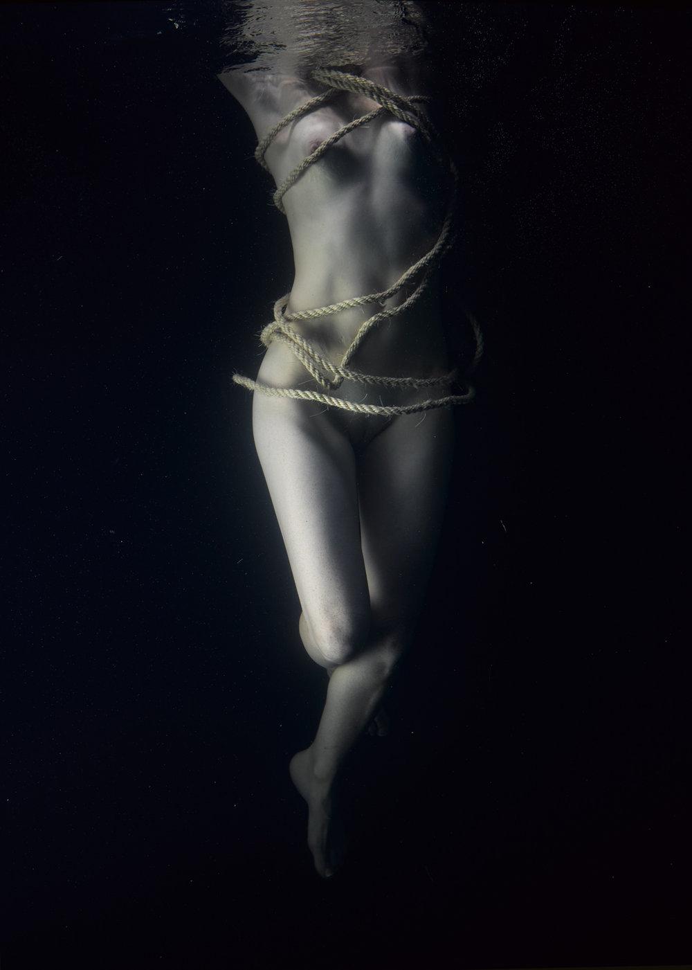 161030 Nadia Underwater 704-Edit.jpg