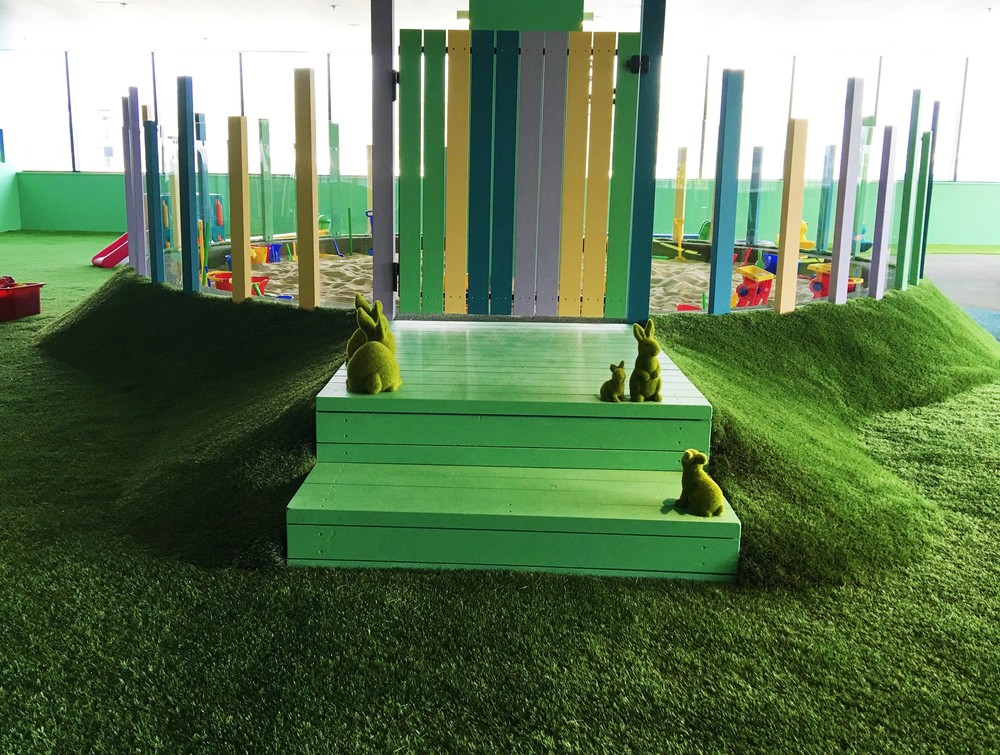 Sandpit to allow for messy imaginative play