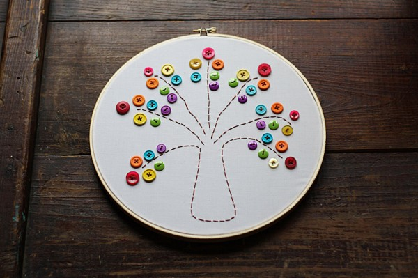 rainbow-button-tree-1-600x399.jpg