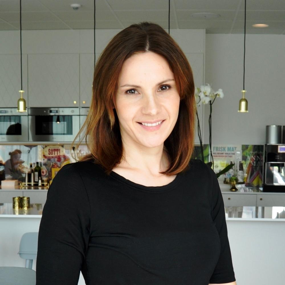 Dajana Mirborn Investment Manager