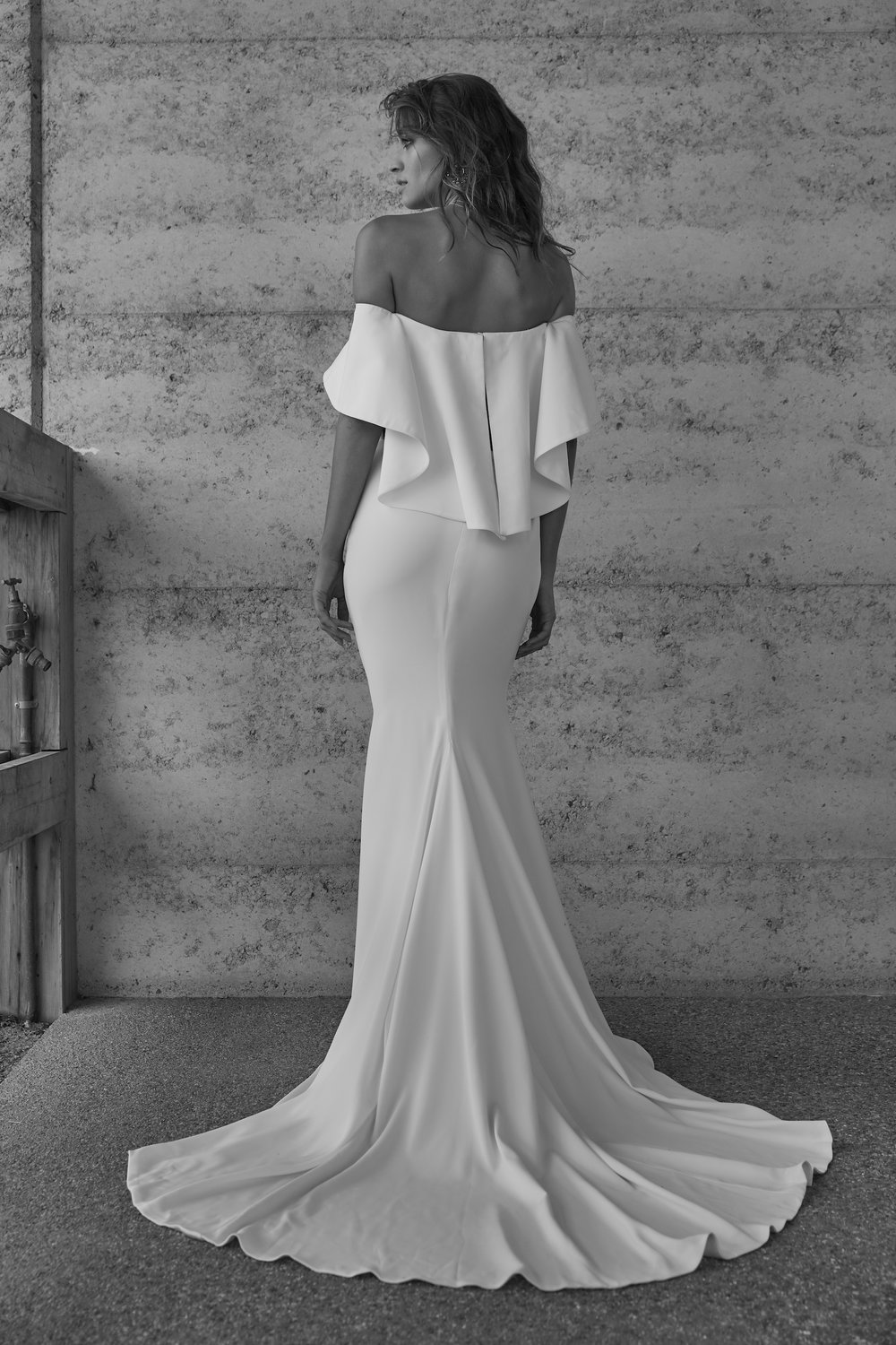 chosen-new-reign-lotta-wedding-dress-back-bw.jpg