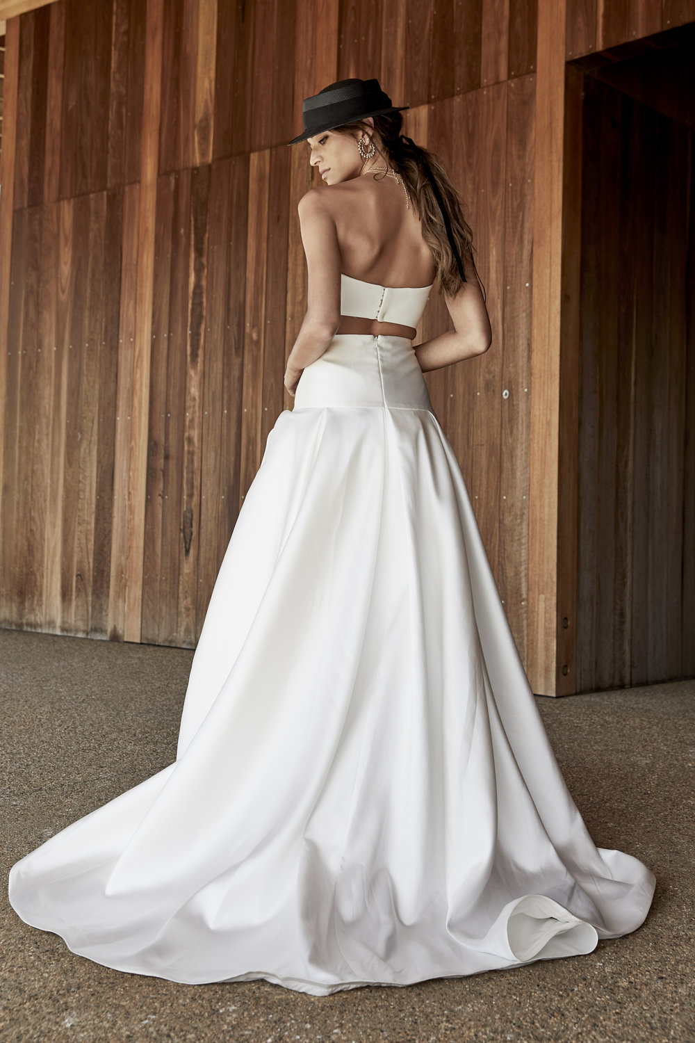 chosen-new-reign-rae-skirt-wedding-dress-back-colour.jpg