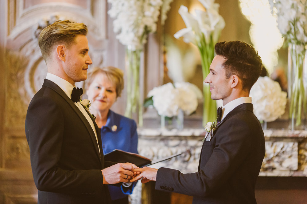 mr-theodore_same-sex-wedding08.jpg