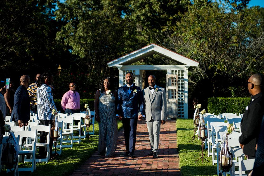Mr Theodore_Same-Sex weddings Australia_real-wedding41.jpg