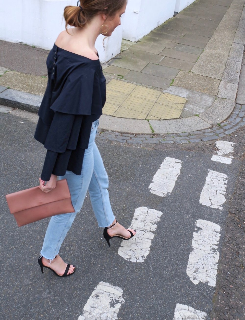 THE GROWN UP EDIT - Oversized Sleeves