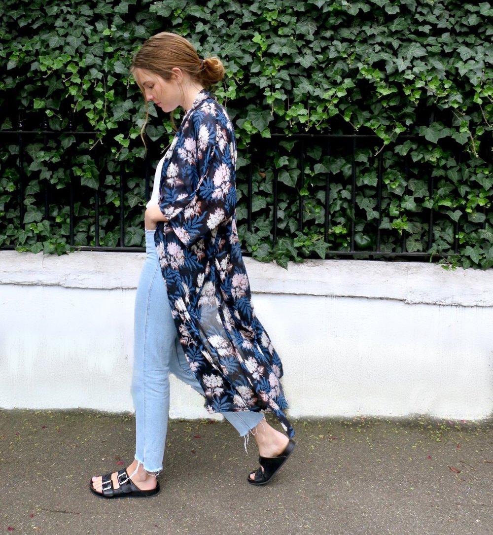 Kimono Jacket  GANNI @ ASOS , Jeans  H&M , Sandals  ISABEL MARANT ETOILE