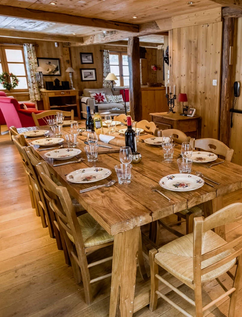 CHALET LES OURSONS - LE TANIA - The Grown Up Edit 2.jpg